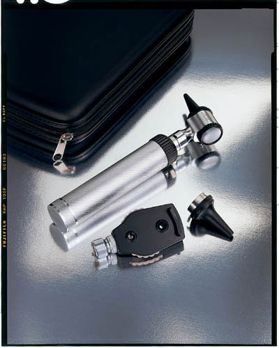Standard 2.5v Otoscope and Ophthalmoscope Set